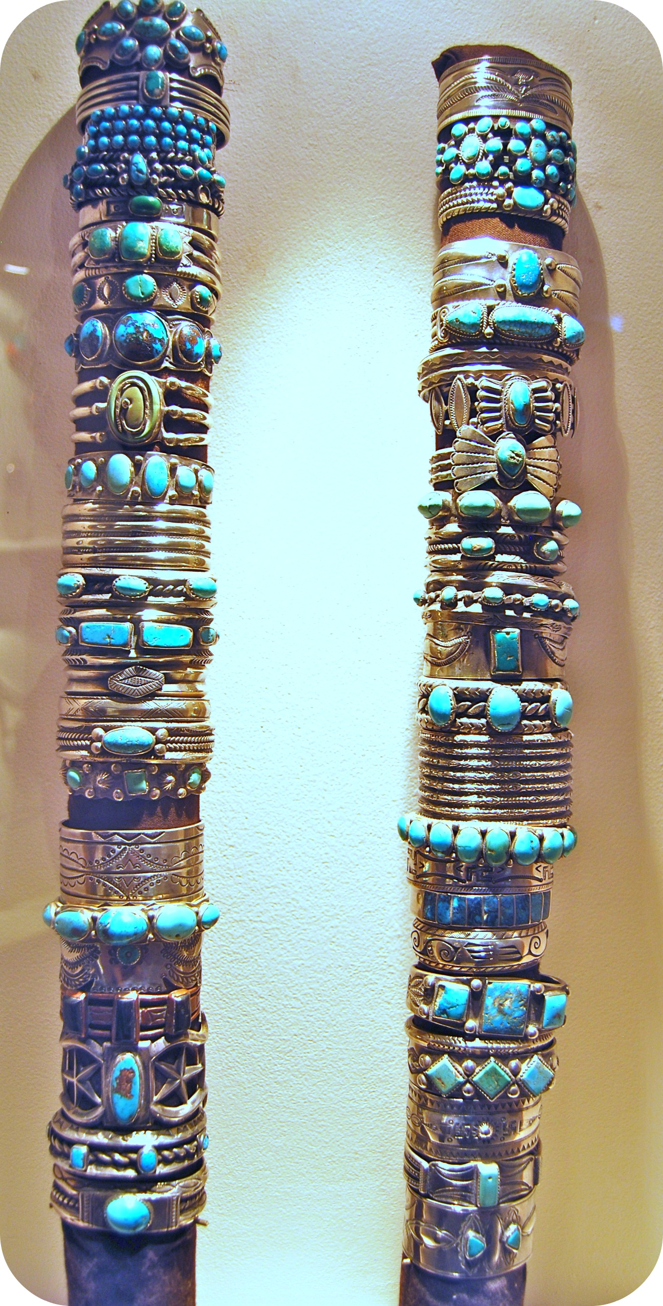 Handmade jewelry from santa fe taos make bracelets for Turquoise jewelry taos new mexico